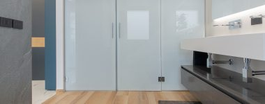 Progetti esagono: una casa dal carattere naturale ed elegante